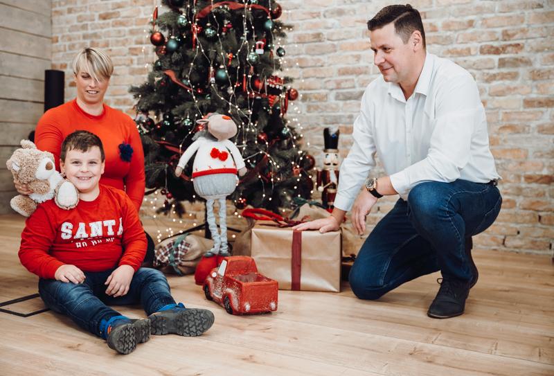 Karácsonyi családi stúdió fotózás